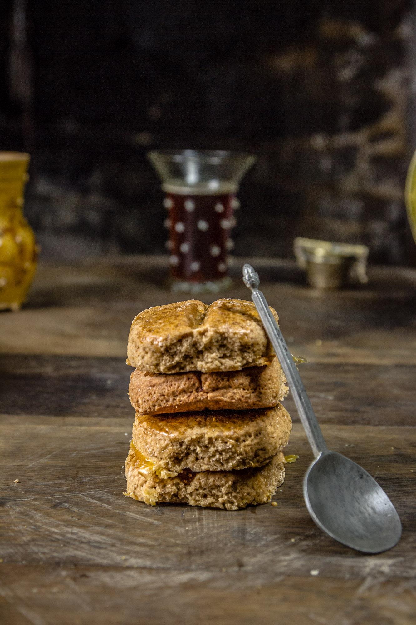 Gâteau d'Hildegarde de Bingen au gingembre / réglisse